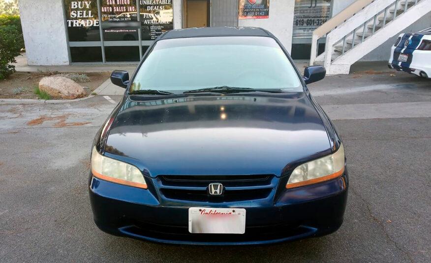 Honda Accord LX 2000