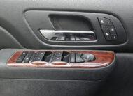Chevrolet Suburban 1500 LT 2011